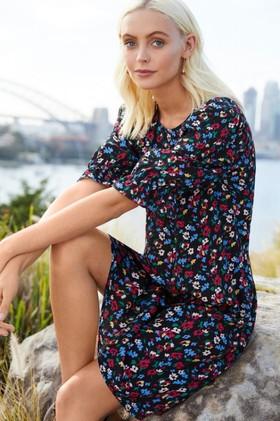 Emerge-Puff-Sleeve-Shift-Dress on sale
