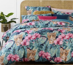 Esque-Sumartra-Quilt-Cover-Set on sale