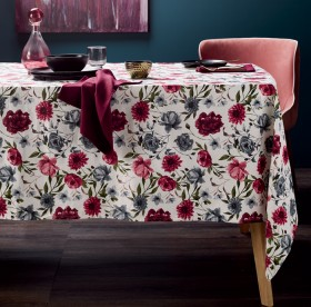 Tablecloths-Napkins-Placemats-Table-Runners on sale