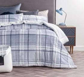 Emerald-Hill-Aberdeen-Fleece-Bedpack on sale