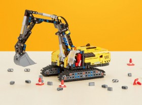 LEGO-Technic-Excavator-42121 on sale